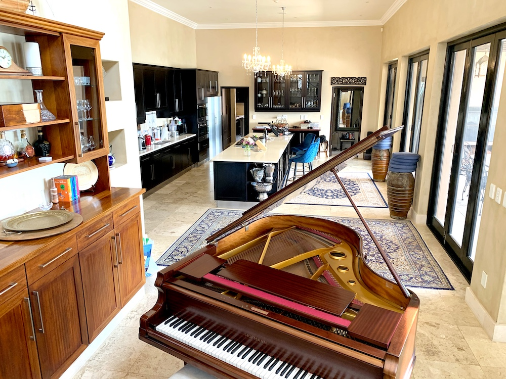 Lyndsay Webster-Rozon Le Riad Cape Town